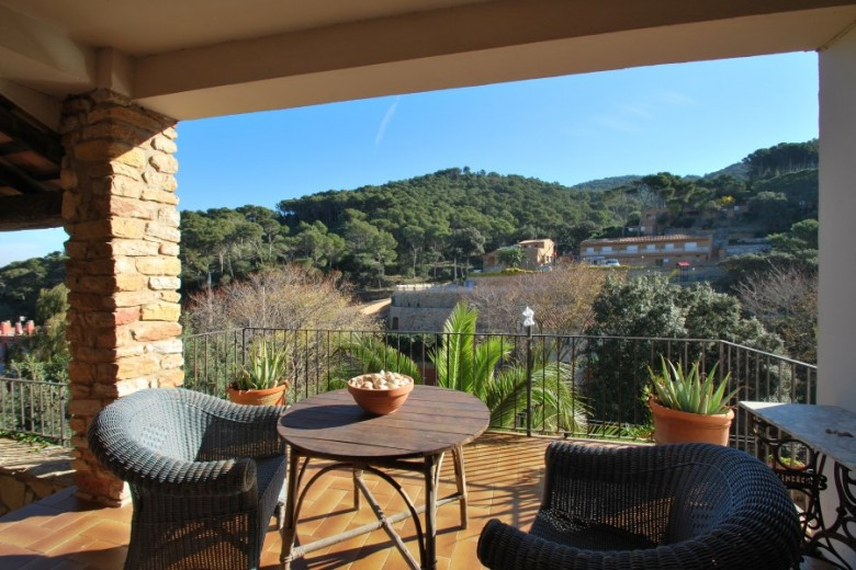 House With Separate Apartment In Sa Riera Costa Brava Connections Villa Rentals Begur And Property For