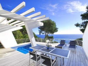 VILLA FOR SALE IN BEGUR AT SA TUNA