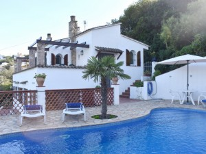 VILLA FOR SALE WITH POOL SA PUNTA BEGUR